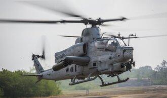Na dodávce vrtulníků z USA vydělají státní LOM Praha a Vojenský technický ústav