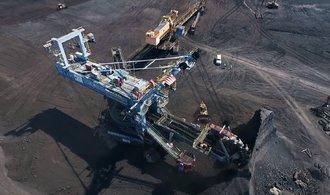 Dron E15: V lomu ČSA zbývají poslední miliony tun uhlí. Pak rypadla zmlknou