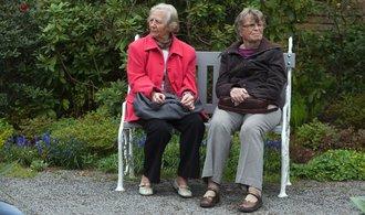 Německé ženy v důchodu mají o čtvrtinu nižší příjmy než muži. Stejně jako Češky