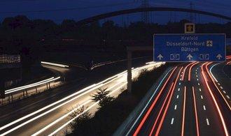 V Německu vyjdou přestupky draho, policie může zabavovat i auta