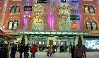 Obchodní centra dělají první pokusy s přechodem na on-line