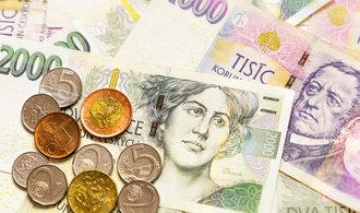 Bankovní vklady inflaci neporazily, akciové fondy vynášely