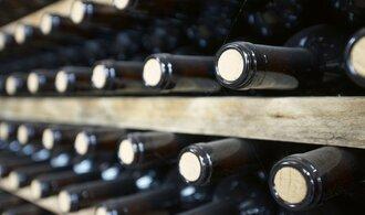 Američtí obchodníci s vínem proti Trumpovi. Cla na dovoz z Evropy přirovnávají k prohibici