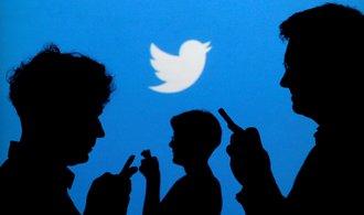 Twitter se vydává opačným směrem než Facebook, zakáže politickou reklamu