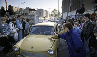 Bloky s ostnatým drátem, 11 tisíc vojáku a 138 mrtvých. Připomeňte si historii Berlínské zdi