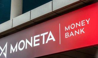 Čistý ziskMonetyza tři čtvrtletí klesl o 38 procent na 1,9 miliardy korun
