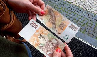 Češi začínají ztrácet optimismus: 2/3 lidí plánuje omezit výdaje