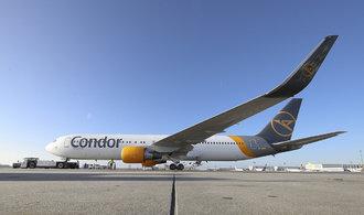 Osvobozování od Thomase Cooka pokračuje, aerolinky Condor dostaly čas na hledání zachránce