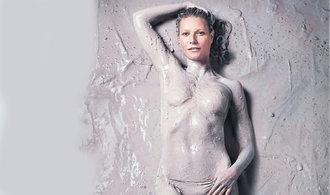 Herečka Gwyneth Paltrowová vydělává na esoterismu pro ženy. Vlna obchodu s ním jede i v Česku