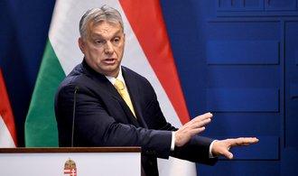 Maďarská opozice nechce dát Orbánovi bianko šek k vládě, premiér si ho zřejmě vystaví sám
