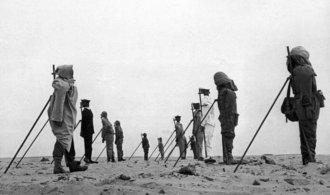 Před šedesáti lety odpálila Francie svou jadernou zbraň. Patnáct let po prvním testu USA