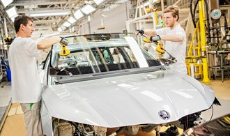 Octavia's production is hampered by software problems, according to Škoda employees