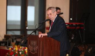 Slavnostní koncert. Zeman oslavil sedmé výročí své inaugurace poctou Karlu Gottovi