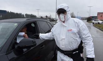 Bezpečnostní opatření proti koronaviru jsou správná, shodují se politici