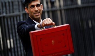 Británie prodlouží kurzarbeit o půl roku. Spásu všem firmám ale nepřinese, vzkázal šéf financí Sunak