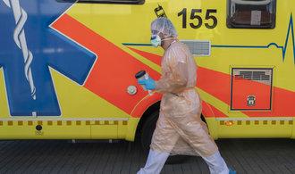 Koronavirus v Česku: Přísná opatření povolí možná po Velikonocích, nakažených je 1120 a jeden mrtvý