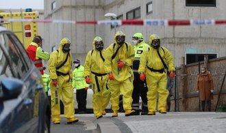 Počet nakažených v Česku se blíží dvěma tisícům, devět lidí koronaviru podlehlo