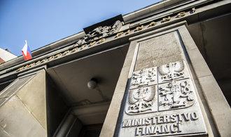 Česku zdražují dluhy. Za nové půjčky zaplatí oproti prázdninám i trojnásobek