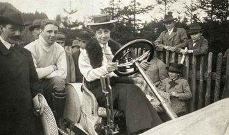 OBRAZEM: Značce automobilů Mercedes je 120 let. Jediná na světě nese dívčí jméno