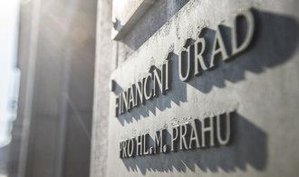 Finanční správa nelegálně protahovala délku kontrol, rozhodl Nejvyšší správní soud