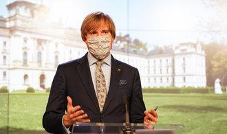 Glosa Petra Peška: Roztroušená vláda