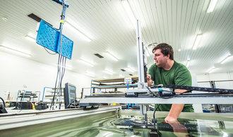Zabrzděný autoland. Propad průmyslu nemá v české historii obdoby