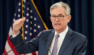 Americká centrální banka Fed varovala před významným propadem cen realit a akcií