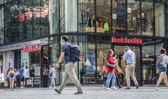 Křetínský s Tkáčem se stali největšími akcionáři v prodejci obuvi Foot Locker