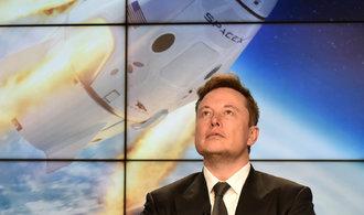 """Musk """"for dummies"""". Jako podnikatelský obojživelník i zastánce bezemisní energie"""