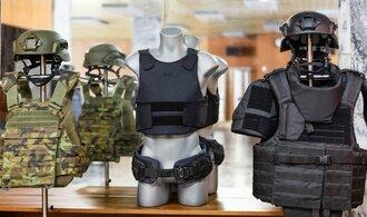Obrana se dohodla s Českou zbrojovkou ve sporu kolem zrušeného nákupu neprůstřelných vest