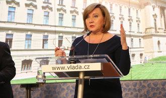 Komentář Petra Peška: Chuť vlády rozdávat roste a roste