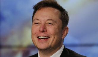 Musk splnil zdánlivě nedosažitelné podmínky pro výplatu obřího bonusu od Tesly