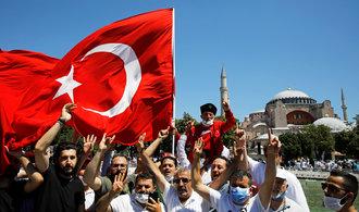 Propad turecké ekonomiky je hrozivý. Stále však lepší, než čekali analytici
