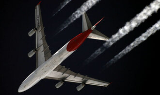 Aerolinky mohou vyžadovat testy na COVID-19 i vakcinaci. Začali s tím Australané
