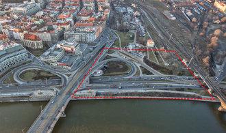 Dánské studio pracuje na studii budovy filharmonie v Praze. Má stát u Vltavské