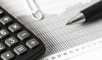 Většina fondů letos prodělala, akciové průměrně čtyři procenta