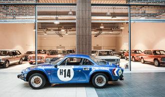Sbírka klasických aut Engine Classic Cars Gallery je otevřená veřejnosti