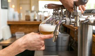 Škody ze zavření hospod vyjdou na tři čtvrtě miliardy, tvrdí pivovarníci