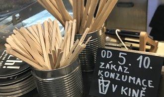 Česko stojí na pokraji propasti. Podzim hrozí dvouciferným propadem ekonomiky