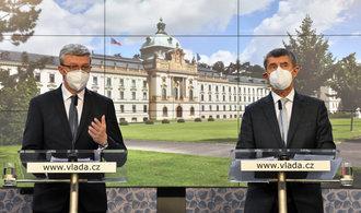 Opatření proti koronaviru přitvrdila. Zavřené obchody a služby a omezený pohyb osob