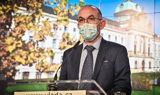 Nadějná vakcína Pfizer zamíří i do Česka. Chceme dva miliony dávek, uvedl ministr Blatný