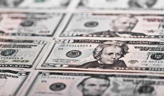 Dolar je po Bidenově vítězství nejslabší za dva měsíce, propadá se i cena zlata
