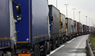 Evropa odřízla Británii. Zavřené jsou Eurotunel, přístavy i letiště