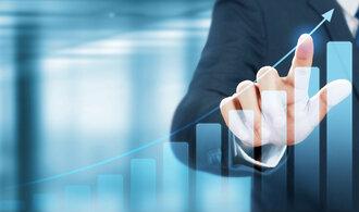 Profesionální obchodníci na webu zdarma radí, jak investovat v roce 2021