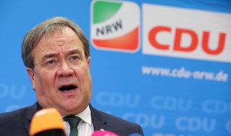 """Německé CDU podrážejí před klíčovými volbami nohy korupční skandály i """"vyhaslá"""" Merkelová"""