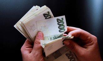 Letos bude inflace. Otázka zní: Co s penězi?