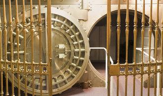 بانک ها گفتند آخرین بار چهارده سال پیش بدتر بوده است.  آنها رگ طلایی را در CNB از دست دادند