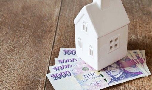 Průměrná sazba hypoték v březnu stoupla na 2,46 procenta