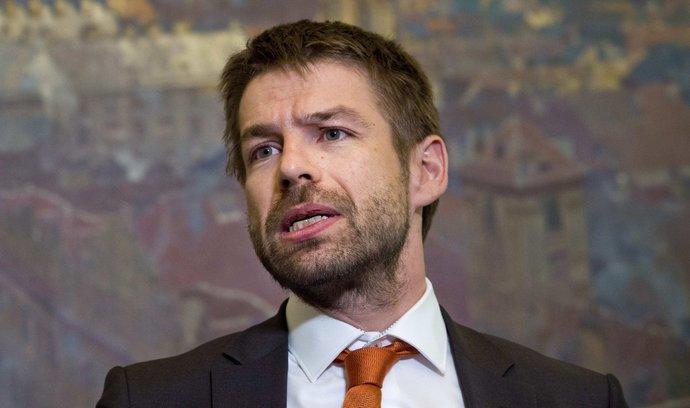 Vláda chce rozšířit bezplatnou právní pomoc