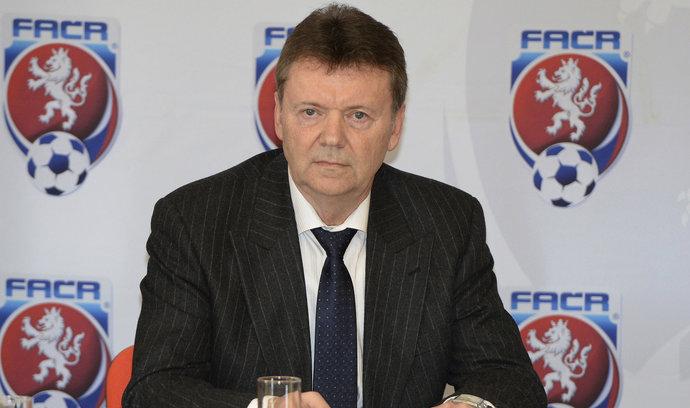 Berbr na šéfa fotbalové asociace kandidovat nebude